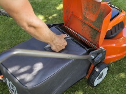 How To Prepare Your Garden Tools for Spring